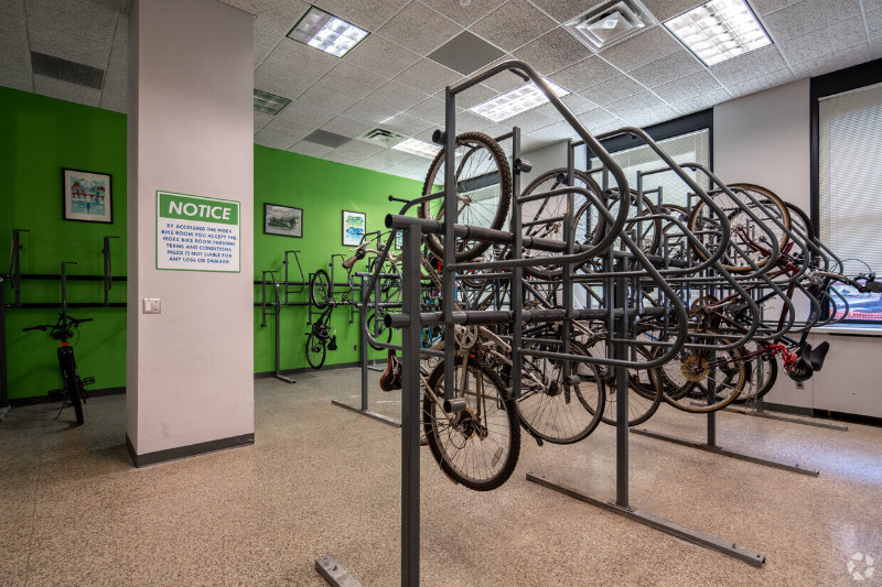 amenities-bike-room